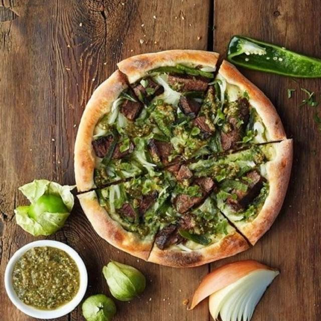Garden Walk Dining: California Pizza Kitchen