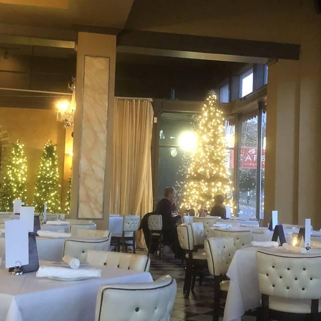 Cafe Lurcat - Minneapolis, Minneapolis, MN