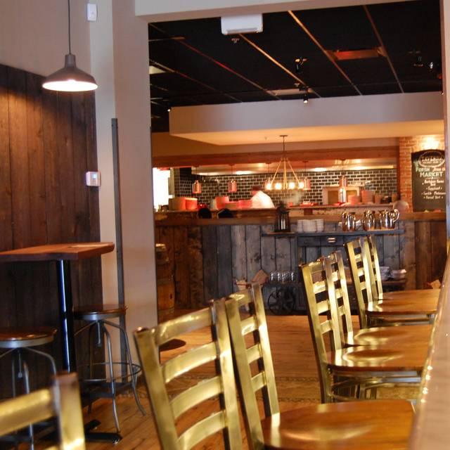 Open Kitchen Restaurant Rustic: Taverna Rustic Italian