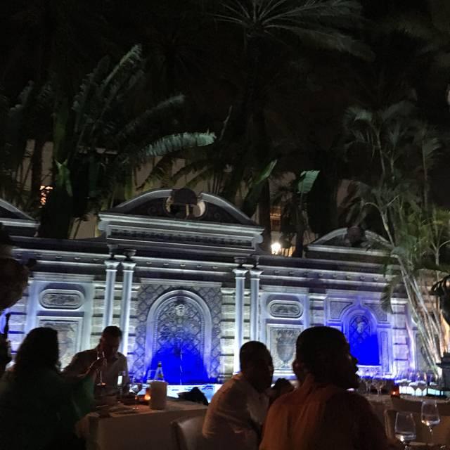 Gianni's, Miami Beach, FL