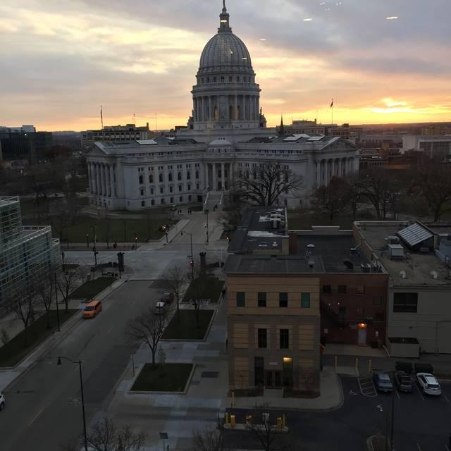 Eno Vino Downtown, Madison, WI