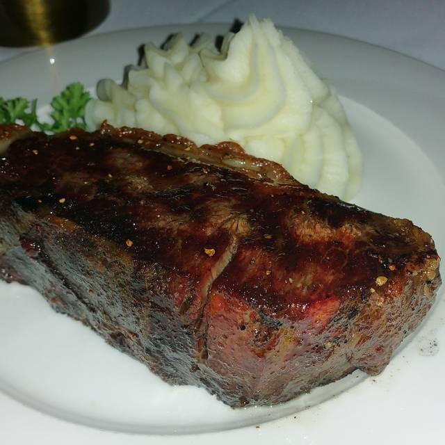 Hy's Steak House - Calgary, Calgary, AB
