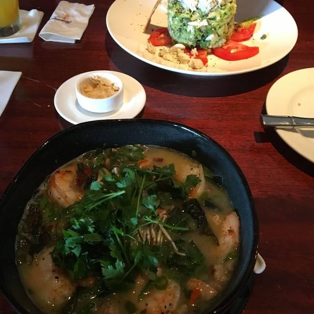 Tommy Bahama Restaurant & Bar - Orlando, Orlando, FL