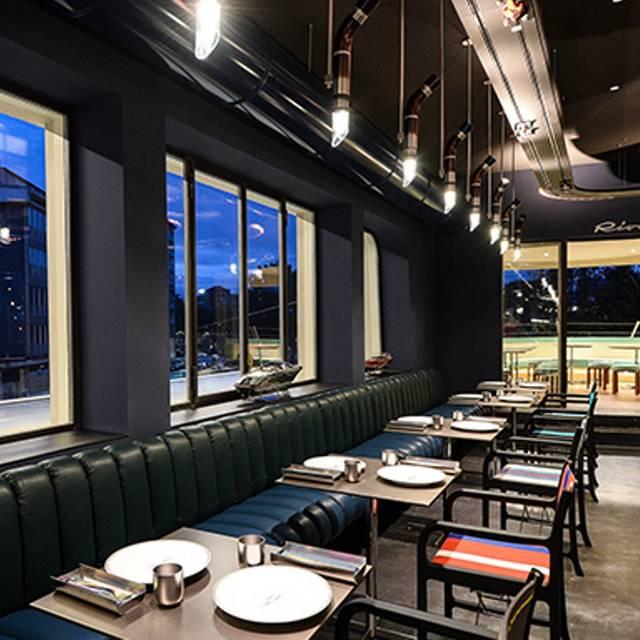 Garage italia milano restaurant milan milan opentable - Garage italia ristorante milano ...