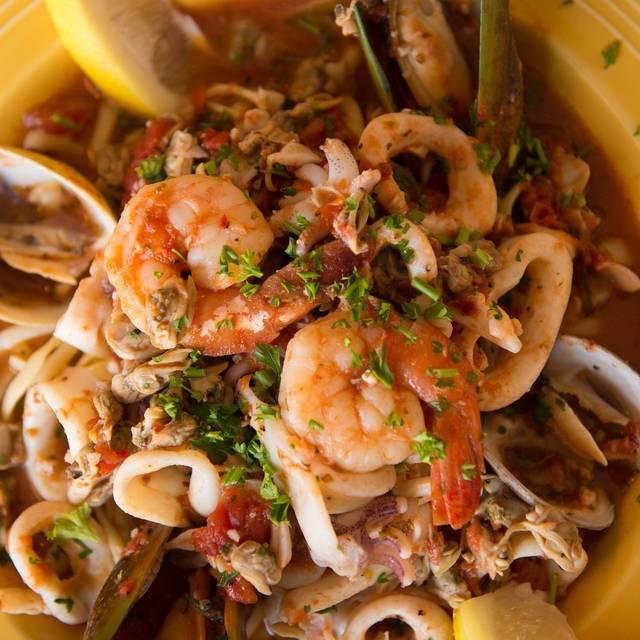 Mama D S Italian Kitchen Manhattan Beach Ca