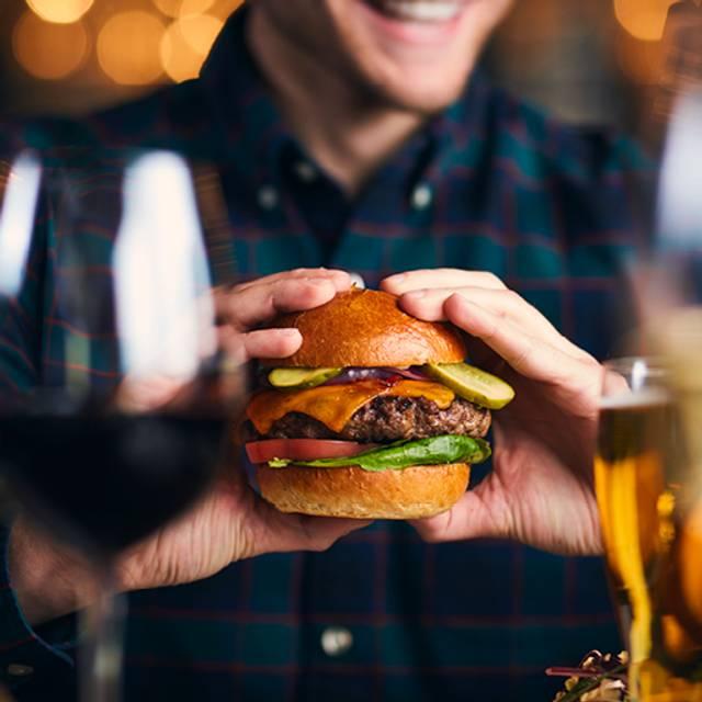Keg Burger - The Keg Steakhouse + Bar - South Edmonton Common, Edmonton, AB