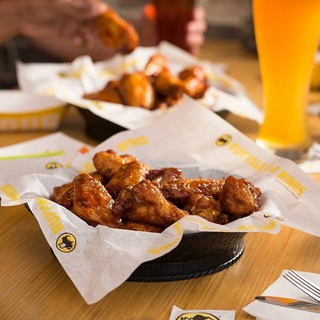 Buffalo Wings And Rings Hours Of Operation