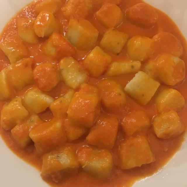 Ancora Cucina Italiana, Tarzana, CA