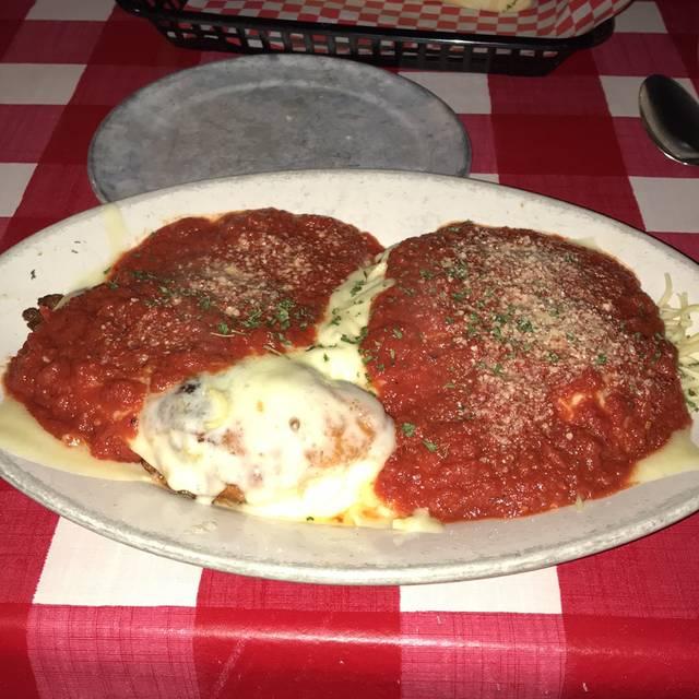 Mama Louisa's Italian Restaurant, Tucson, AZ
