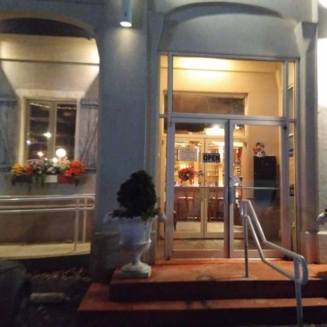 Les Folies Brasserie, Annapolis, MD