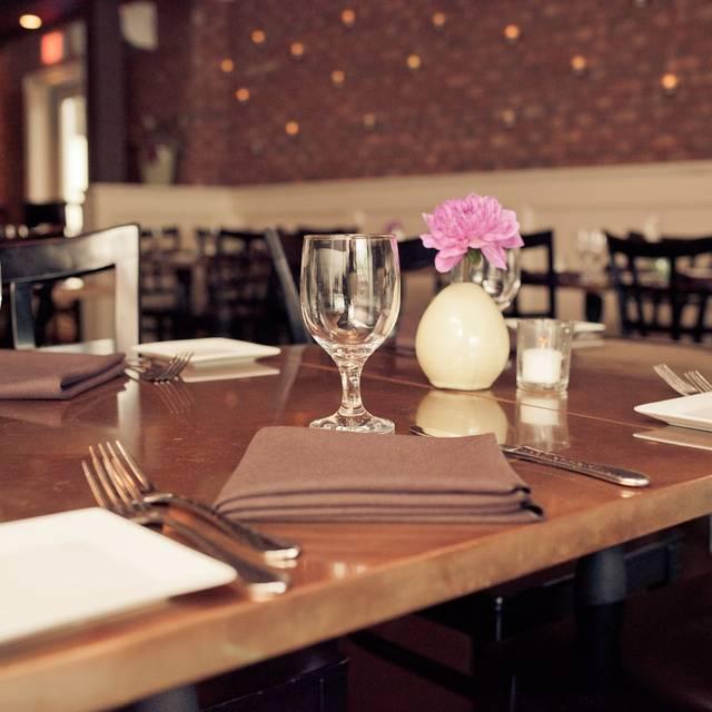 Crave - Crave Restaurant & Lounge, Poughkeepsie, NY