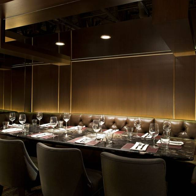 B+b Private Dining - Black & Blue Steakhouse, Vancouver, BC