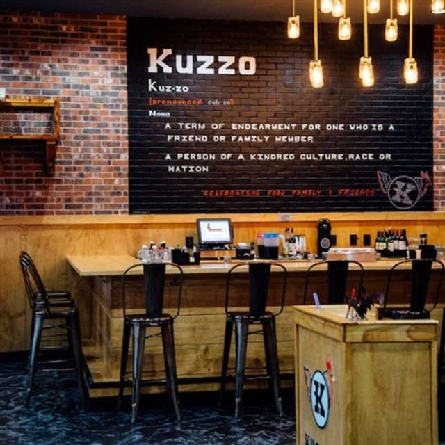 Kuzzo S En And Waffles