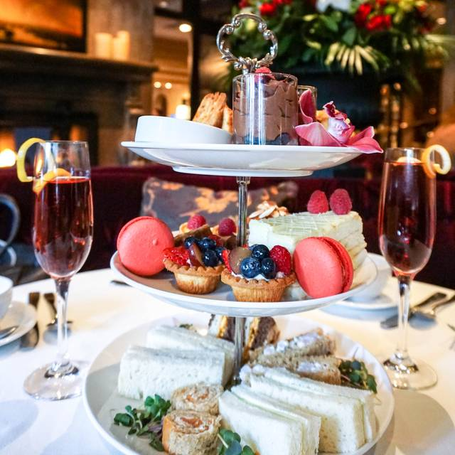 Afternoon Tea - Bacchus Restaurant & Lounge - Wedgewood Hotel, Vancouver, BC