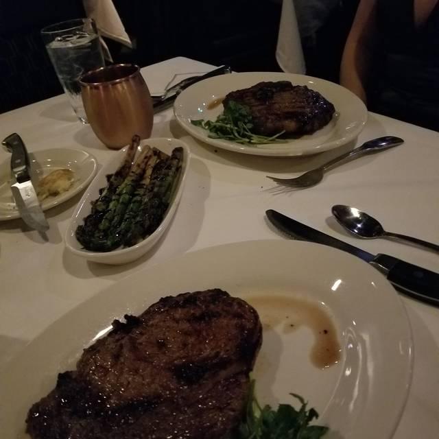 Morton's The Steakhouse - Los Angeles, Los Angeles, CA
