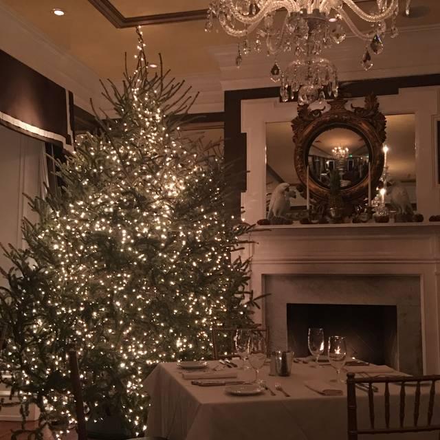 The Olde Pink House Restaurant, Savannah. Restaurant Info, Reviews ...