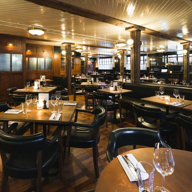 Borough Interiors - Hawksmoor Borough, London