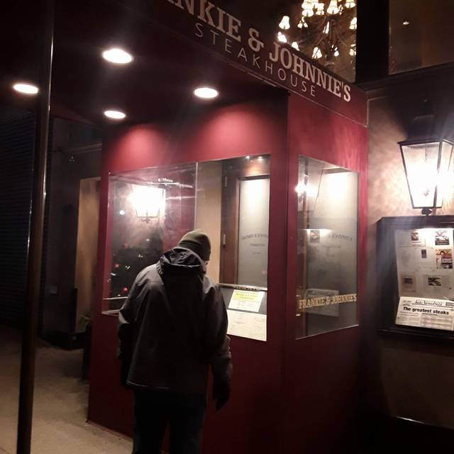Frankie & Johnnie's Steakhouse - Manhattan, New York, NY