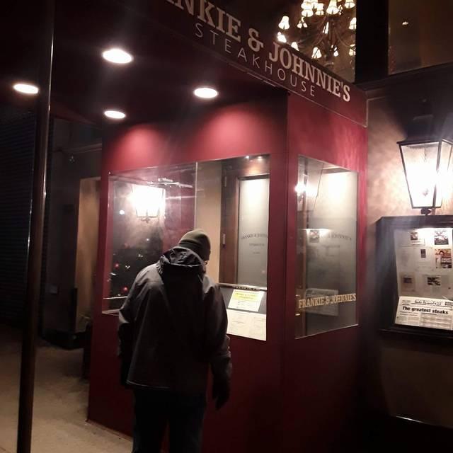 Frankie & Johnnie's Steakhouse - Manhattan, New York, NY