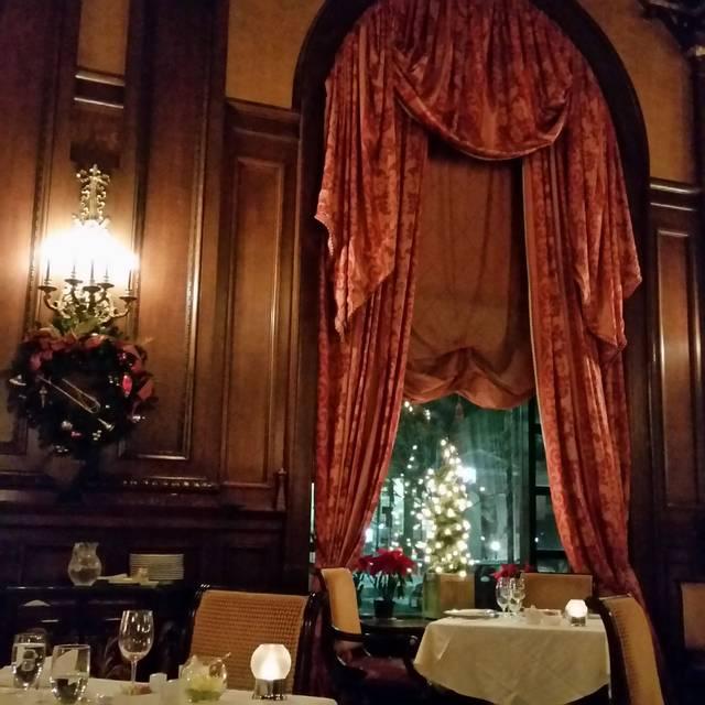 The Green Room at HOTEL DU PONT, Wilmington, DE