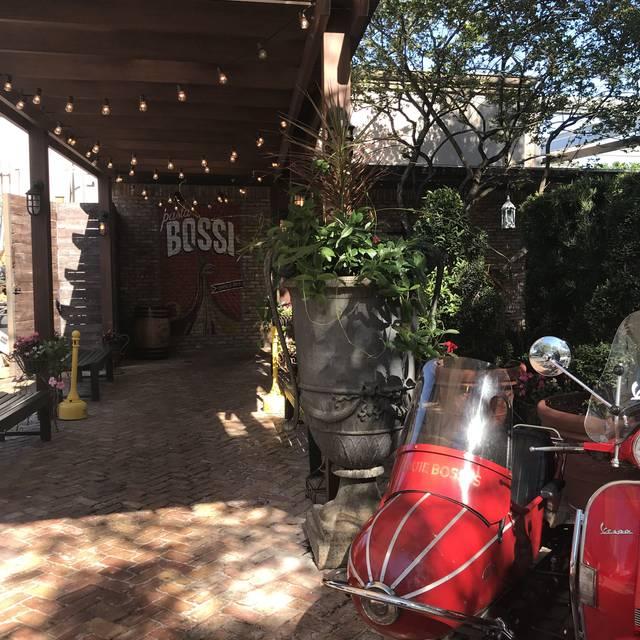 Louie Bossi Ristorante - Fort Lauderdale, Fort Lauderdale, FL