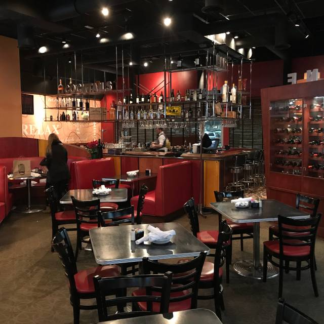 Cap City Fine Diner & Bar - Gahanna, Gahanna, OH