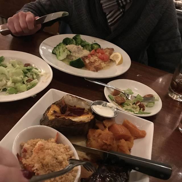 Turner's Seafood - Melrose, Melrose, MA