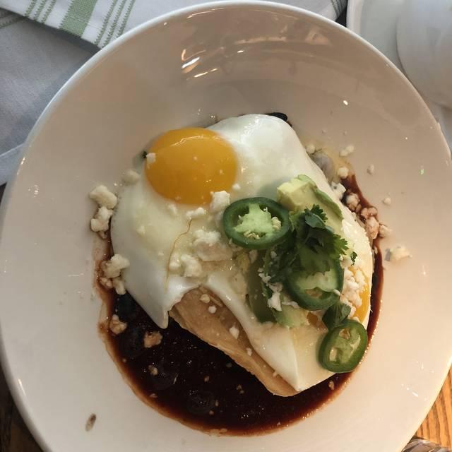 Caroline Restaurant, Austin, TX