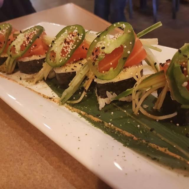 Maruju Sushi Restaurant, Calgary, AB