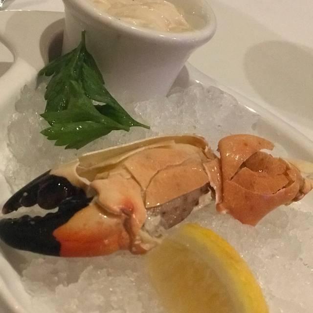 Stoney's Stone Crab, Naples, FL