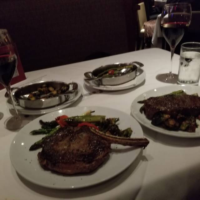 Fleming's Steakhouse - Tampa, Tampa, FL
