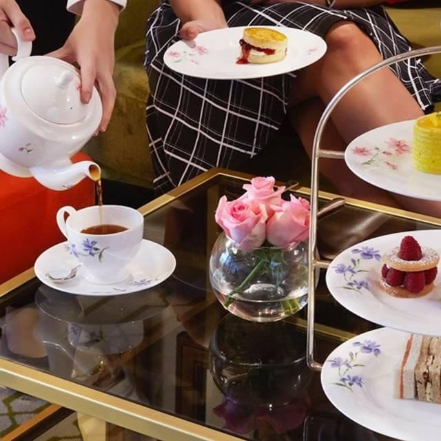 Champagne and Tea Lounge - Dukes Hotel Dubai, Dubai, Dubai