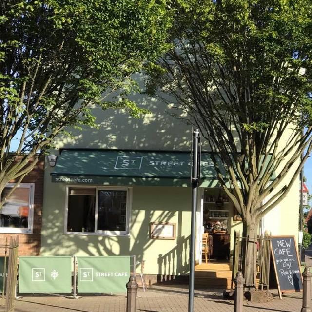 Street Cafe St Albans Catherine Street