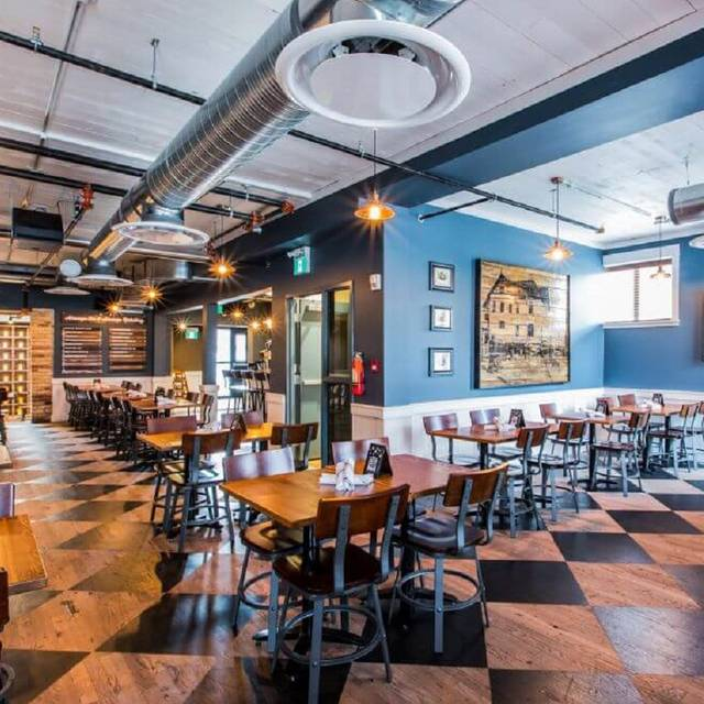 Mill street brewpub calgary restaurant calgary ab for Best private dining rooms calgary