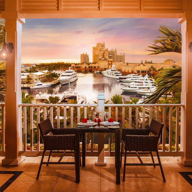 Cafe Martinique Atlantis Paradise Island