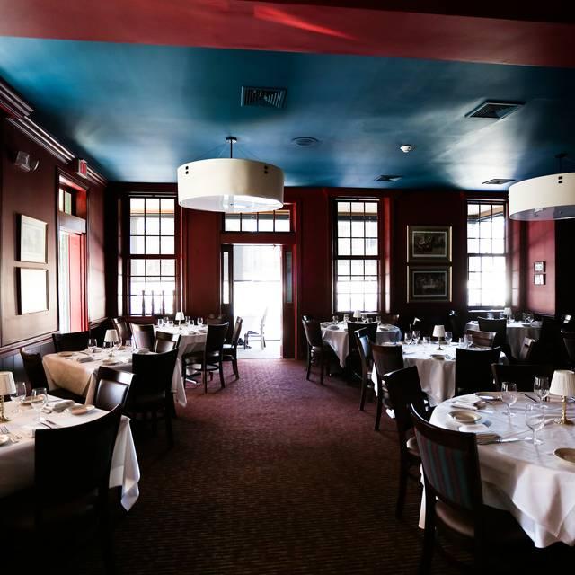 10 Restaurants Near Homewood Suites By Hilton Newtown Langhorne Pa Opentable