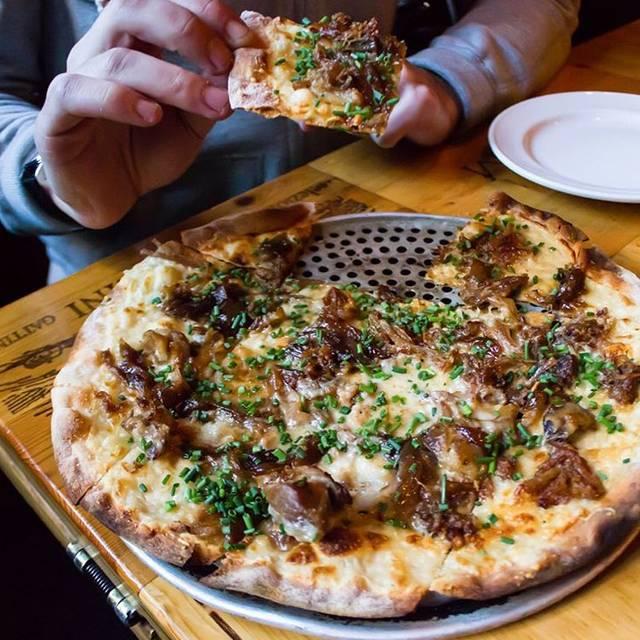 Pizzeria Via Stato, Chicago, IL