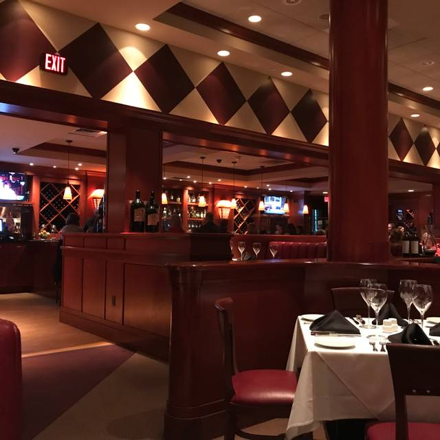 Fleming's Steakhouse - Akron, Akron, OH