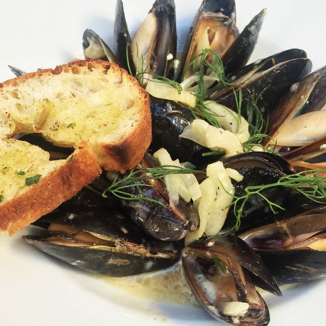 Fennel Blue Cheese Mussels - Taste at the Palisades, Pacific Palisades, CA