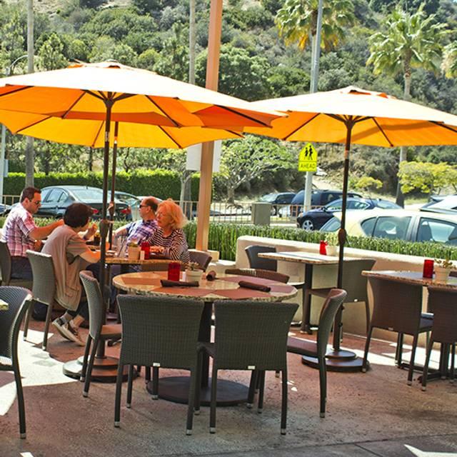 patio - Taste at the Palisades, Pacific Palisades, CA