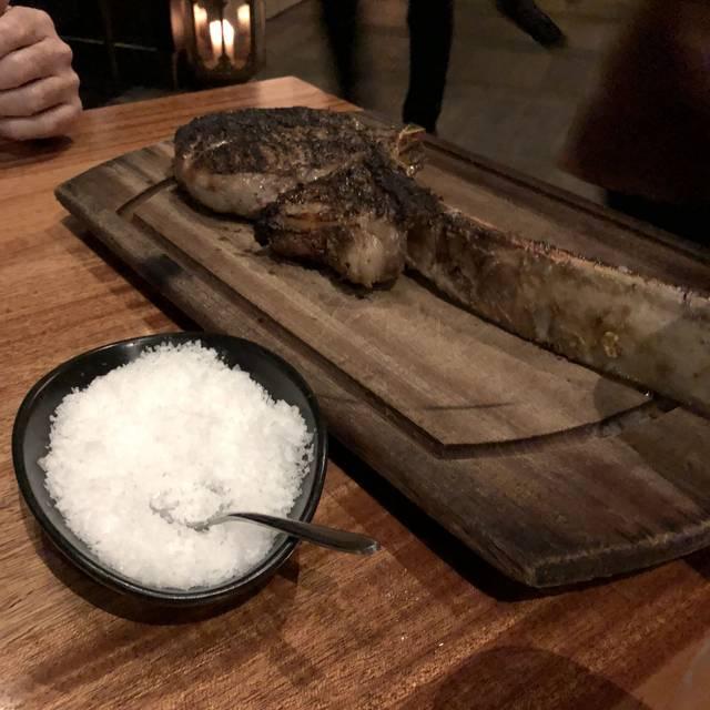 Nusr-Et Steakhouse Miami, Miami, FL