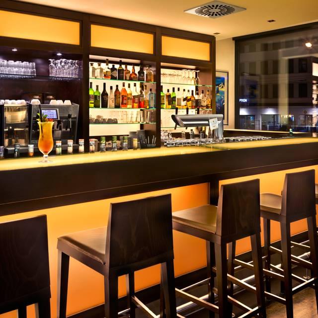 Fleming's Brasserie & Delicatessen im Fleming's Hotel Frankfurt Messe, Frankfurt am Main, HE