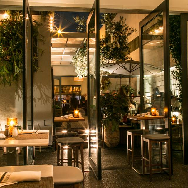 Courtyard - Taste on Melrose, West Hollywood, CA