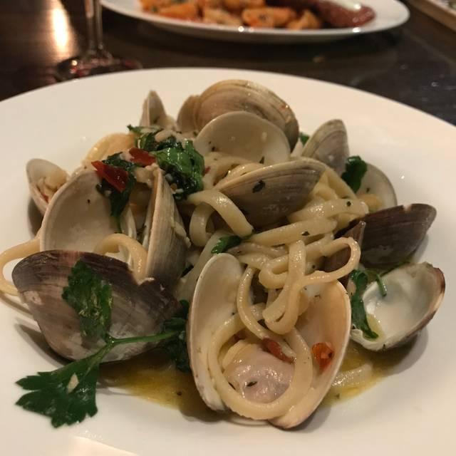 Sulmona Restaurant | Bar, Cambridge, MA