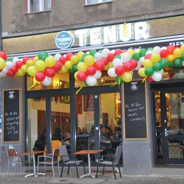 Tenur Kurdische Kuche Cafe Bar Restaurant Berlin Opentable