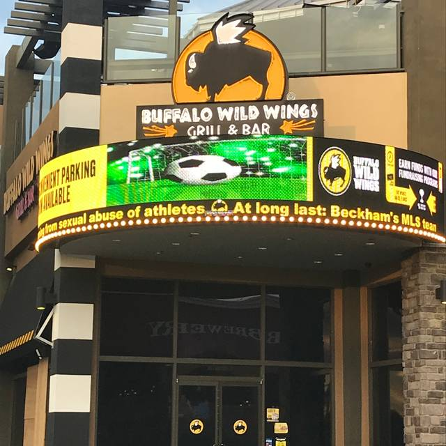 Buffalo Wild Wings offers wings, beer & sports with locations throughout the US. With 16 sauces, 30 beers on tap, and more flat screens than you can count, B /5(K).
