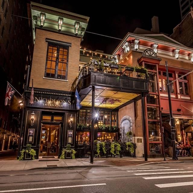 Nicholson's Tavern & Pub, Cincinnati, OH