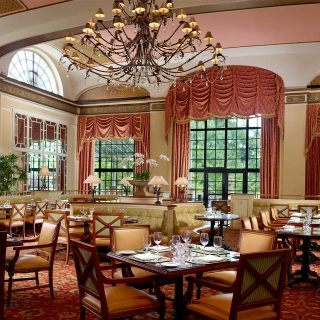 Roberts Restaurant at the Omni Shoreham, Washington, DC