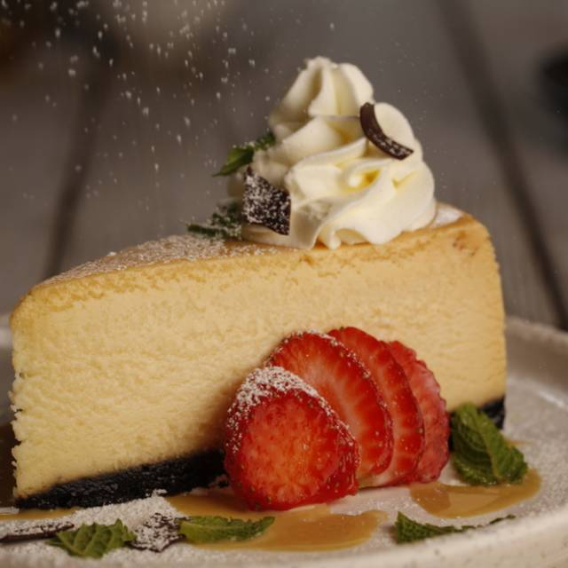 White Chocolate Cheesecake - Milestones Grill + Bar - Burloak, Oakville, ON