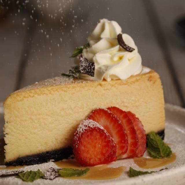 White Chocolate Cheesecake - Milestones Grill + Bar - Kelowna, Kelowna, BC